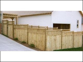 Square Lattice Top Fence with Arbor